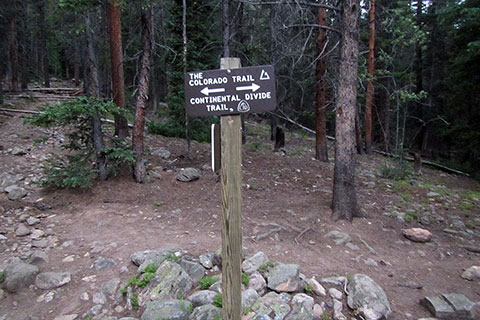 Sign at the Colorado Trail junction