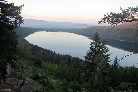 Phelps Lake Overlook in the morning
