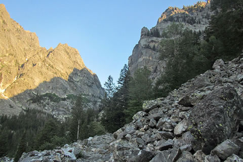 The trail crosses many rocky sections through the canyon