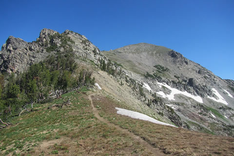 The saddle with a good view of Static Peak
